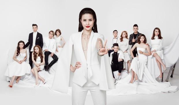 Sau liveshow kỉ niệm 10 năm ca hát, Đông Nhi đứng ở đâu trong showbiz Việt? - Ảnh 4.
