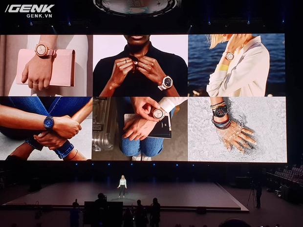 Samsung Galaxy Watch chính thức ra mắt tại Việt Nam, giá từ 7 triệu đồng - Ảnh 1.