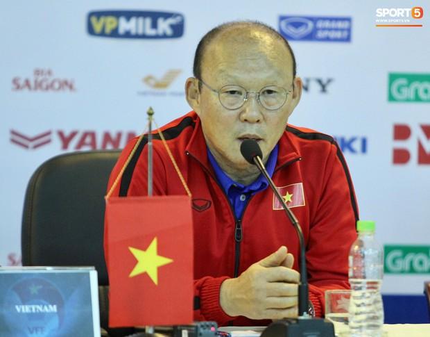 Bão chấn thương càn quét đội tuyển, thầy Park sẵn sàng gọi Đình Trọng trở lại - Ảnh 2.