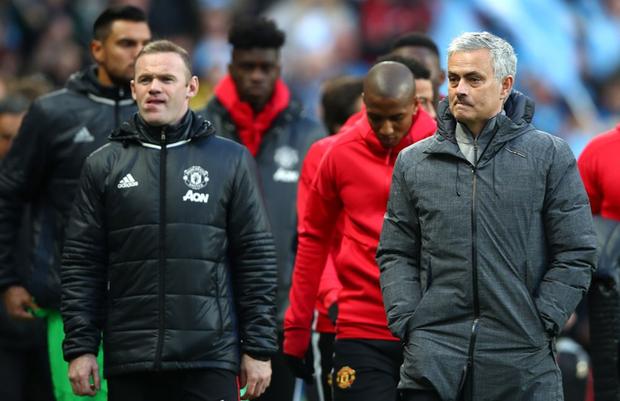 Huyền thoại MU: Ở đội bóng này, không chỉ cầu thủ, đến nhân viên cũng ghét Mourinho - Ảnh 1.