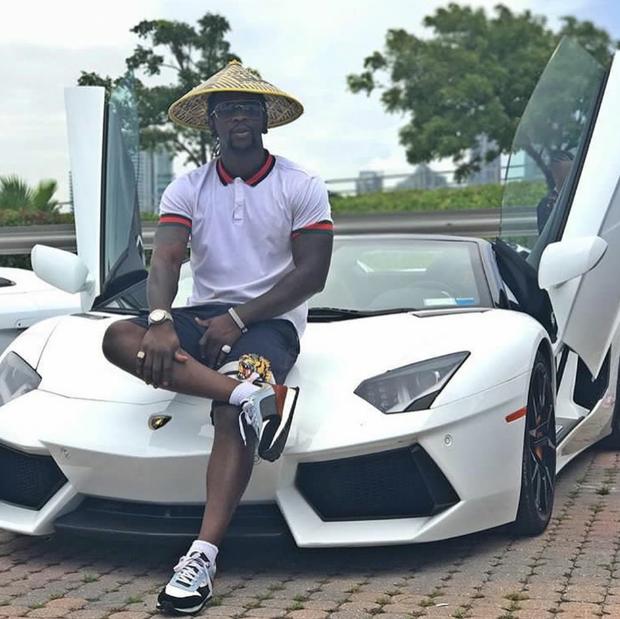 Hội Rich Kid châu Phi quyết không lép vế trong cuộc đua đọ phi cơ riêng, xa xỉ phẩm trên Instagram - Ảnh 4.