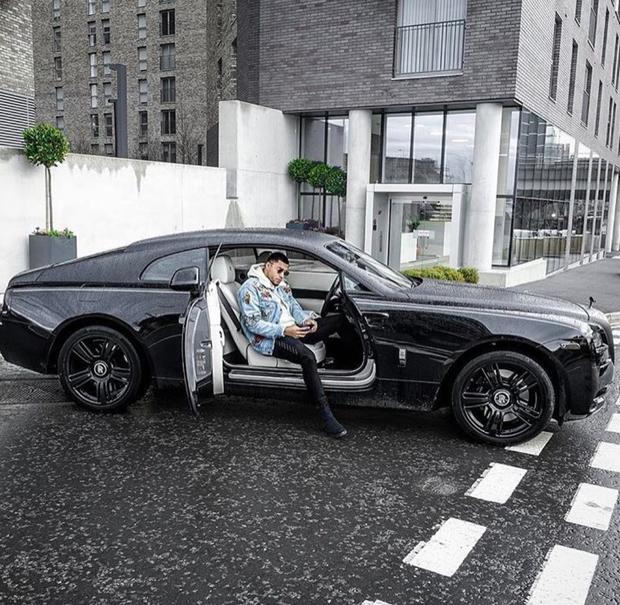 Hội Rich Kid châu Phi quyết không lép vế trong cuộc đua đọ phi cơ riêng, xa xỉ phẩm trên Instagram - Ảnh 6.