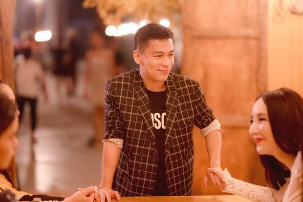 The Tiffany Vietnam: NTK Adrian Anh Tuấn tranh cãi quyết liệt khi bị giám khảo chê trước mặt thí sinh - Ảnh 3.