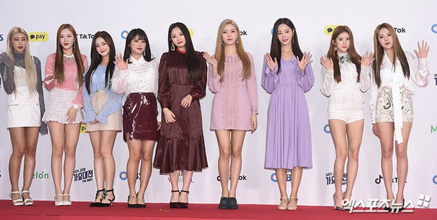 Siêu thảm đỏ SBS Gayo Daejun: Black Pink gây sốc vì vòng 1 nhọn hoắt, Irene táo bạo bên BTS, EXO và quân đoàn idol - Ảnh 43.