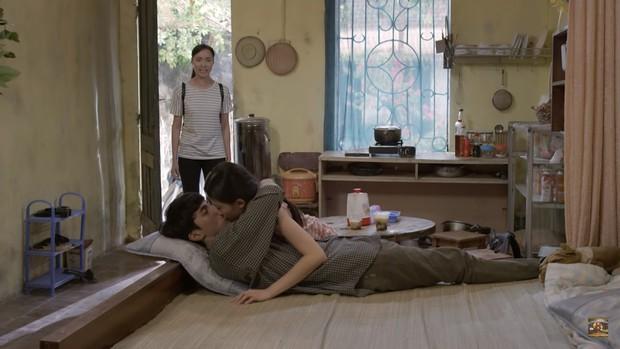 Những Cô Gái Trong Thành Phố: Mai Anh đuổi thẳng cổ Bình An vì dám diễn cảnh nóng ngay trong phòng trọ - Ảnh 2.
