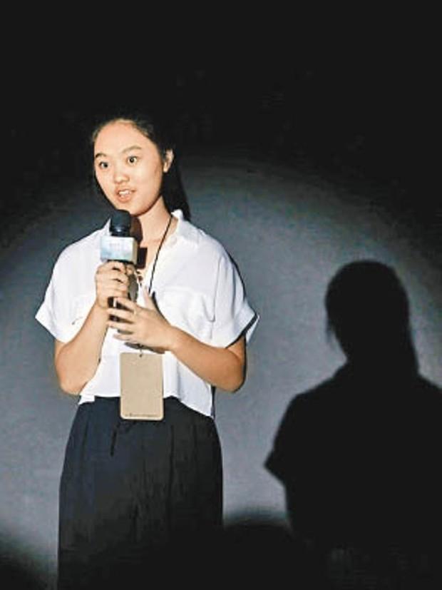 2 cô con gái tuổi teen của Lý Liên Kiệt: Chân dài miên man, nhan sắc thừa hưởng từ mẹ Hoa hậu - Ảnh 3.
