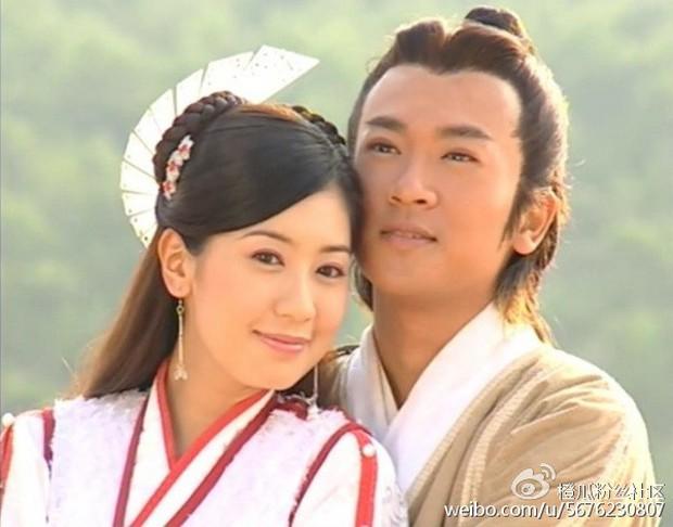 Sau 15 năm, cặp đôi Trương Vô Kỵ Tô Hữu Bằng và Triệu Mẫn Giả Tịnh Văn vẫn sở hữu vẻ đẹp không tuổi - Ảnh 2.