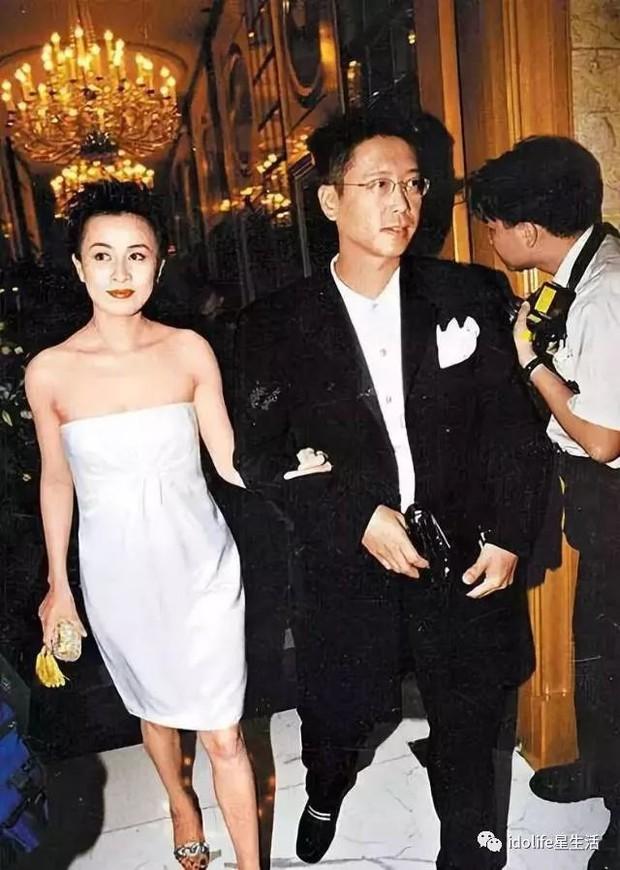Vì sao Hoa hậu Hong Kong Lý Gia Hân và đại gia không được hưởng 1 đồng nào từ tài sản trăm ngàn tỷ của bố chồng? - Ảnh 5.