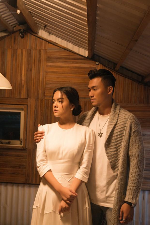 Phạm Quỳnh Anh khóc nức nở trong teaser ca khúc kể về những ngày u ám nhất cuộc đời - Ảnh 6.