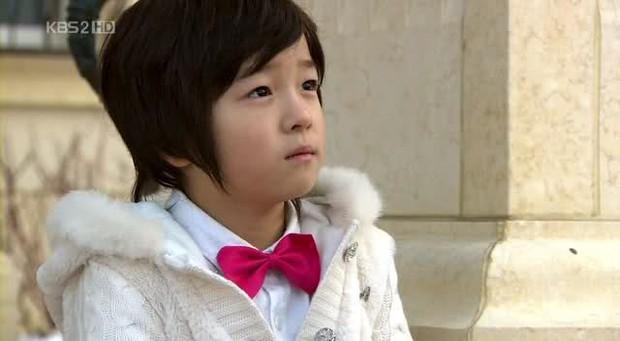Nam Da Reum - Cậu em trai quốc dân với 8 lần hóa thân thời niên thiếu của loạt nam thần cực phẩm - Ảnh 1.