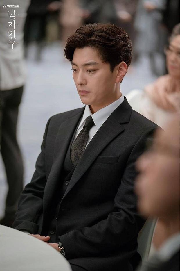 Hết vợ cũ Hyun Bin lại đến chồng cũ Song Hye Kyo lấn át cả Park Bo Gum vì đẳng cấp điển trai không đùa được - Ảnh 4.