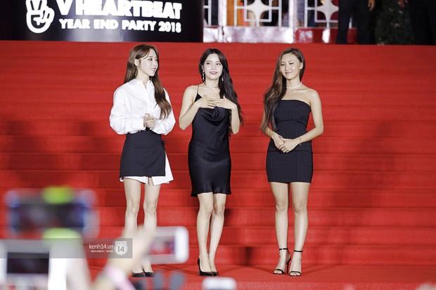 Thảm đỏ Year End Party Hàn-Việt: Soobin - Jiyeon quá đẹp đôi, MAMAMOO, iKON cực hot bên dàn sao Việt đình đám - Ảnh 14.