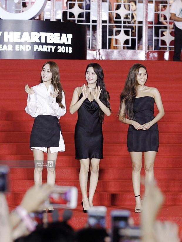 Thảm đỏ Year End Party Hàn-Việt: Soobin - Jiyeon quá đẹp đôi, MAMAMOO, iKON cực hot bên dàn sao Việt đình đám - Ảnh 15.