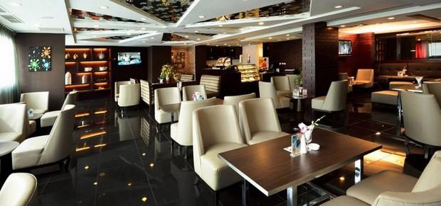 Cận cảnh khách sạn sang chảnh, nơi đội tuyển Việt Nam đóng quân tại Qatar - Ảnh 5.