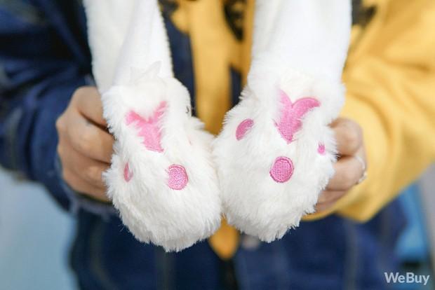 Mũ tai thỏ được các thần tượng Kpop ưa thích hóa ra được bán đầy ở Việt Nam, trông đáng yêu thật sự - Ảnh 5.
