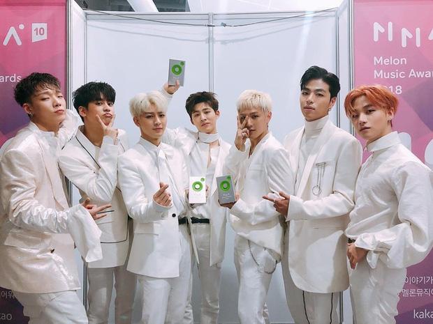"""iKON và hành trình âm nhạc 2018: Từ """"thất bại của YG"""" trở lại dẫn đầu đường đua Kpop dưới sự chỉ huy của """"nhạc trưởng"""" tài năng - Ảnh 5."""