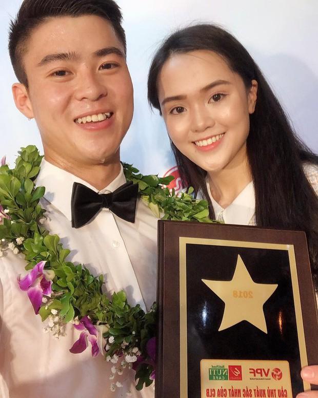 Không phải hot girl, 2018 là năm lên ngôi của hội bạn gái các cầu thủ đội tuyển Việt Nam! - Ảnh 2.