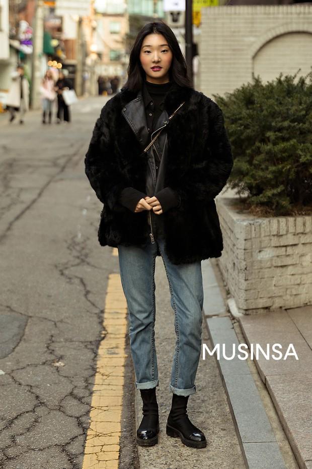 """Street style đại hàn của giới trẻ Hàn Quốc: rét đến mấy cũng có cách mặc """"chất"""" mà vẫn đảm bảo ấm - Ảnh 5."""