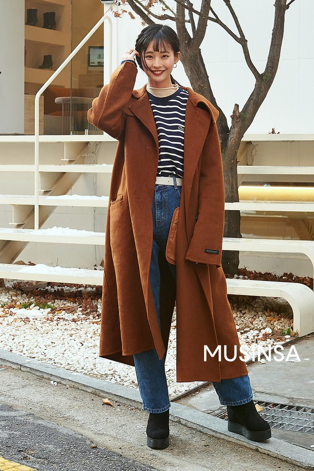 """Street style đại hàn của giới trẻ Hàn Quốc: rét đến mấy cũng có cách mặc """"chất"""" mà vẫn đảm bảo ấm - Ảnh 7."""