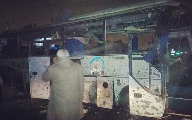 Đoàn du khách Việt Nam bị đánh bom ở Ai Cập: Gặp nạn ngay trước lúc sắp về nước - Ảnh 8.