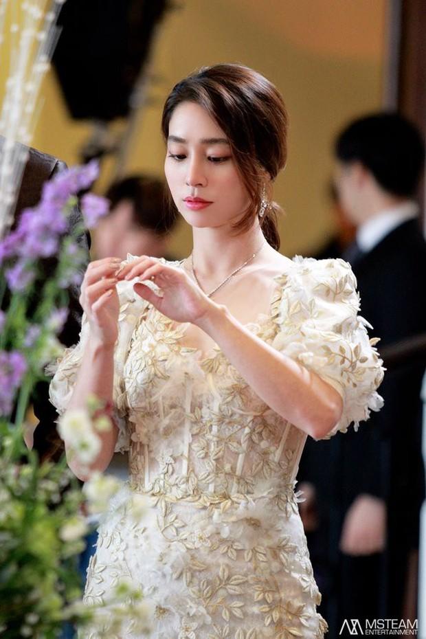Trở lại với nhan sắc đỉnh cao, ai ngờ minh tinh Vườn sao băng Lee Min Jung lại đẹp đến mức này! - Ảnh 6.