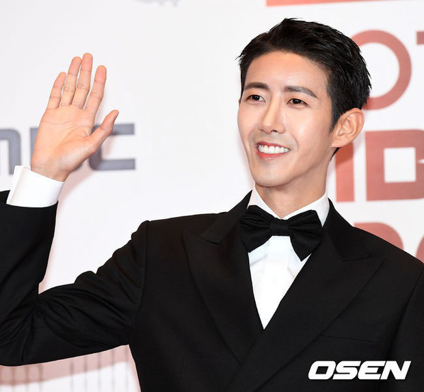 Thảm đỏ MBC Entertainment Awards: Kim So Hyun đẹp đỉnh cao, đánh bật cả Yuri và dàn mỹ nhân khoe body xôi thịt - Ảnh 36.