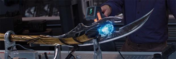Marvel xác nhận Loki bị tẩy não trong Avengers: Ảnh không phải người xấu đâu nha! - Ảnh 2.