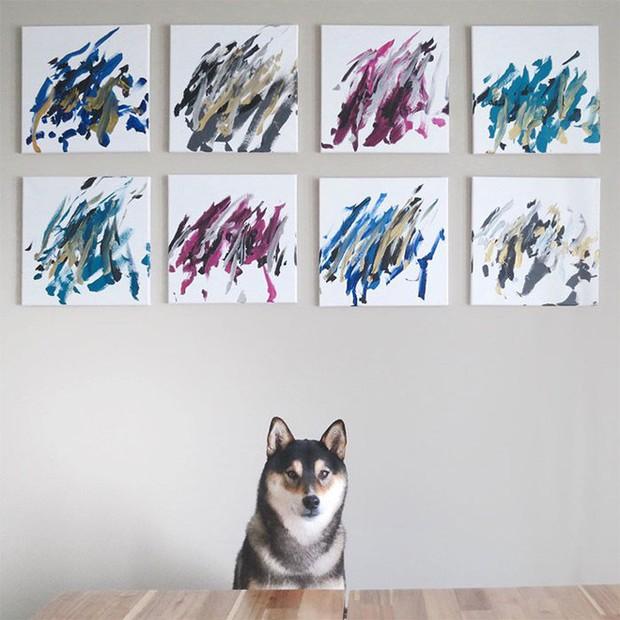 Chú chó shiba giúp chủ kiếm hơn 116 triệu đồng nhờ tài vẽ tranh trừu tượng - Ảnh 10.