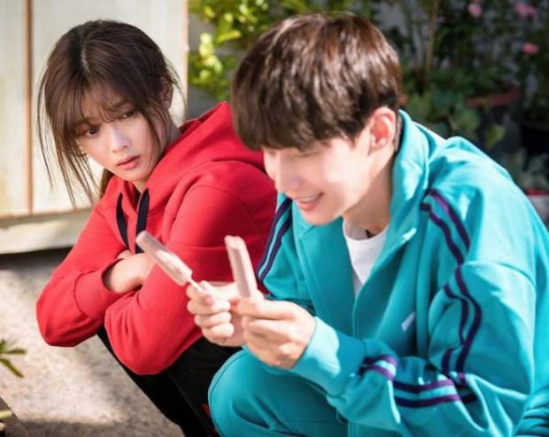 Quét sạch bụi bẩn và dọn dẹp... tâm hồn bằng tình yêu với Cô Tiên Dọn Dẹp Kim Yoo Jung - Ảnh 3.