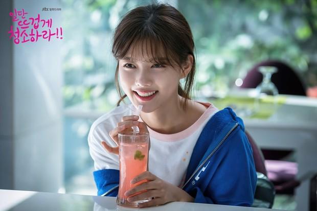 Quét sạch bụi bẩn và dọn dẹp... tâm hồn bằng tình yêu với Cô Tiên Dọn Dẹp Kim Yoo Jung - Ảnh 6.