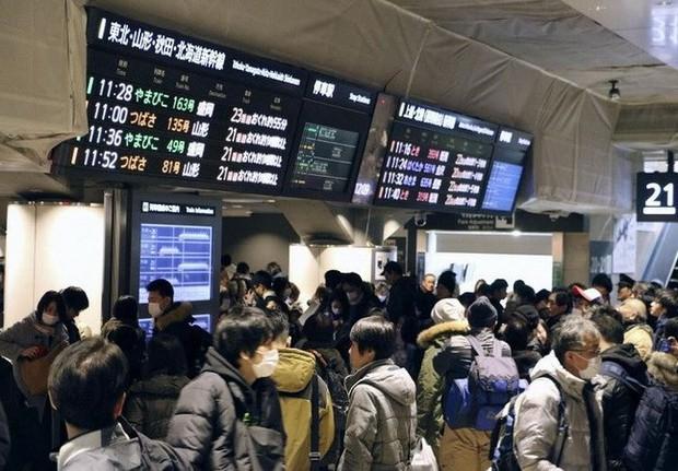 Nhật Bản: Sự cố tàu cao tốc ở Tokyo ảnh hưởng đến 230.000 hành khách - Ảnh 1.