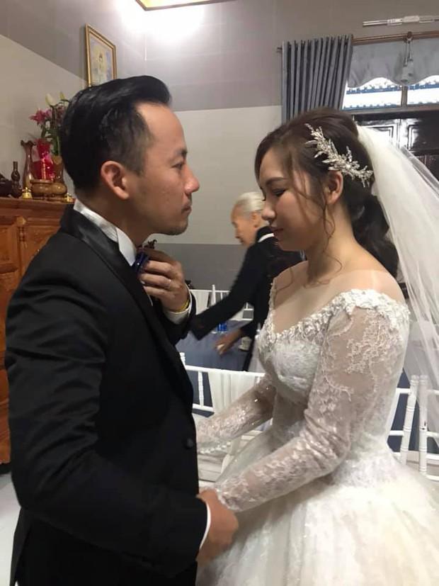 Loạt khoảnh khắc hiếm hoi trong ngày cưới của Tiến Đạt và bà xã 9x cuối cùng đã được hé lộ - Ảnh 3.