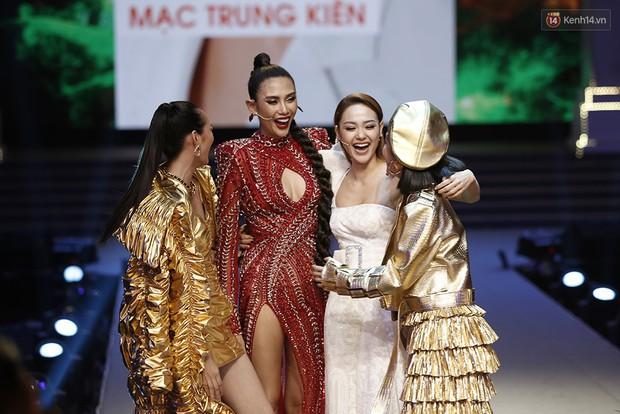 """Bất ngờ chưa? Mạc Trung Kiên team Thanh Hằng đăng quang Quán quân """"The Face Vietnam 2018""""! - Ảnh 4."""