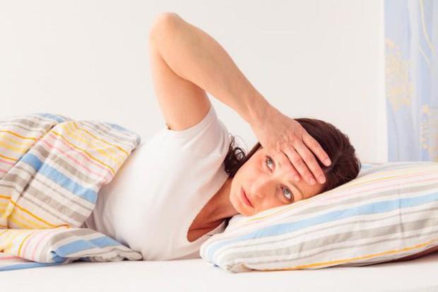 Đổ mồ hôi đêm có thực sự đáng lo ngại? Đừng lơ là với những nguyên nhân gây ra triệu chứng này - Ảnh 2.