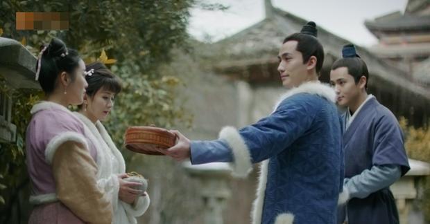 Chàng Tề Hành đáng yêu muốn xỉu trong Minh Lan Truyện: Hết tặng củ ấu đến chép bài hộ crush - Ảnh 3.