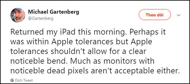 Phốt ngược Apple cuối năm: Cãi cố iPad Pro không bị cong, bị cựu giám đốc lên mạng mắng thẳng mặt - Ảnh 2.