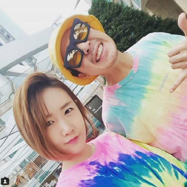 Niềm vui nhân đôi ngày cuối năm của fan Running Man: Lee Kwang Soo hẹn hò, Haha thông báo tin mừng này - Ảnh 4.