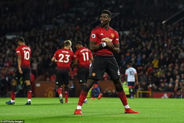 Tiền vệ tài hoa Paul Pogba ghi 2 bàn và kiến tạo 1 bàn, MU thắng rực rỡ ở trận thứ 3 sau sa thải Mourinho - Ảnh 1.