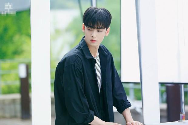 Mỹ nam Cha Eun Woo bất ngờ góp mặt trong danh sách những nam Idol diễn ổn trong năm 2018 - Ảnh 13.