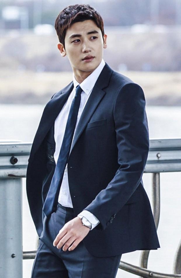 Mỹ nam Cha Eun Woo bất ngờ góp mặt trong danh sách những nam Idol diễn ổn trong năm 2018 - Ảnh 5.