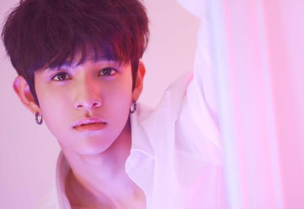 Mỹ nam Cha Eun Woo bất ngờ góp mặt trong danh sách những nam Idol diễn ổn trong năm 2018 - Ảnh 6.