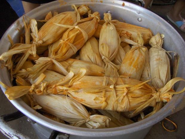 Tamales: món ngon ngày Tết của người Mexico, độc đáo từ nguyên liệu gói bên ngoài đến phần nhân bên trong - Ảnh 7.