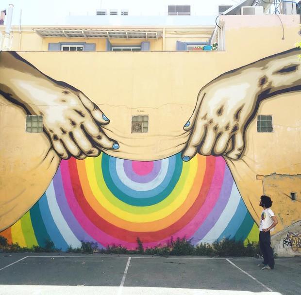 Khi những bức tường nhàm chán được thổi hồn bằng tranh vẽ, ai đi qua cũng sẽ phải ngoái nhìn - Ảnh 9.