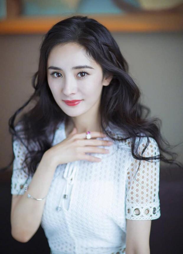 Nữ thần Kim Ưng 2020 mở bình chọn: Dương Mịch - Dương Tử kèn cựa vị trí số 1, Ngô Cẩn Ngôn ngậm ngùi xếp cuối - Ảnh 4.