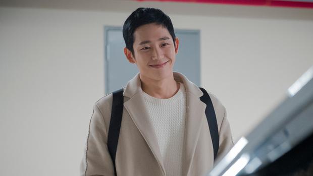 """Nhìn xem phim Hàn 2018 đã cho """"ra mắt chị em"""" bao nhiêu chàng bạn trai trong mơ! - Ảnh 3."""
