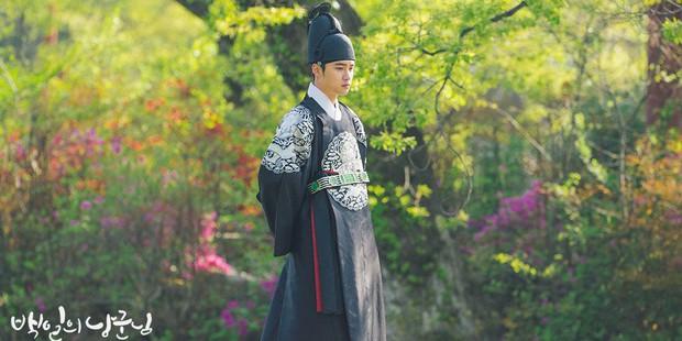 """Nhìn xem phim Hàn 2018 đã cho """"ra mắt chị em"""" bao nhiêu chàng bạn trai trong mơ! - Ảnh 37."""