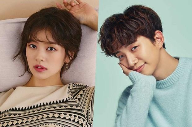 """""""Ánh Cười Chẳng Còn Vương Mắt Em"""" vừa kết thúc, Jung So Min đã chuẩn bị nên duyên cùng Junho (2PM) ? - Ảnh 1."""