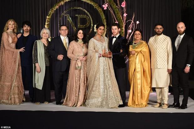 Nick Jonas và Hoa hậu Thế giới hạnh phúc ngập tràn trong bữa tiệc cưới có cả Thủ tướng Ấn Độ tham dự - Ảnh 9.