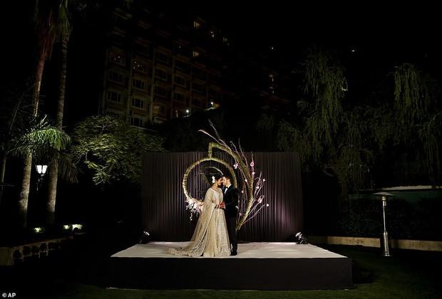 Nick Jonas và Hoa hậu Thế giới hạnh phúc ngập tràn trong bữa tiệc cưới có cả Thủ tướng Ấn Độ tham dự - Ảnh 6.