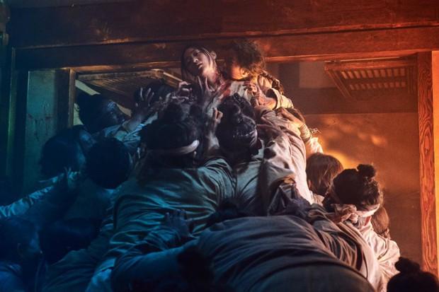 3 lý do khiến mọt phim chờ đợi ngày lên sóng bom tấn Kingdom của Netflix - Ảnh 2.